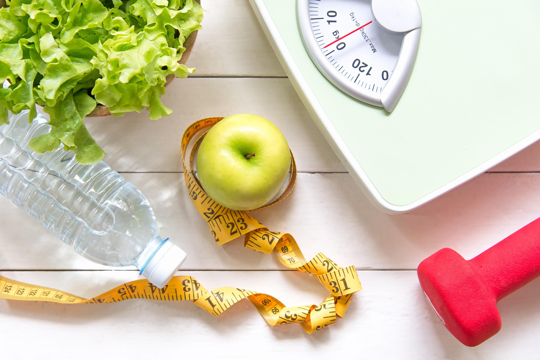 Qual a diferença entre perder peso e emagrecer?