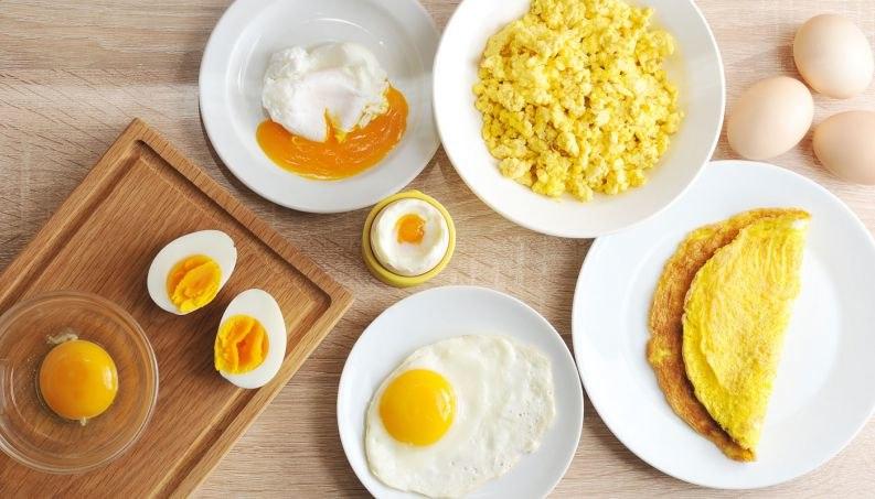 Alimentos ricos em vitamina B12 a incluir na alimentação