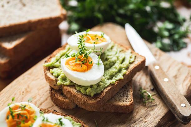 Quantos ovos podemos comer por dia? 3